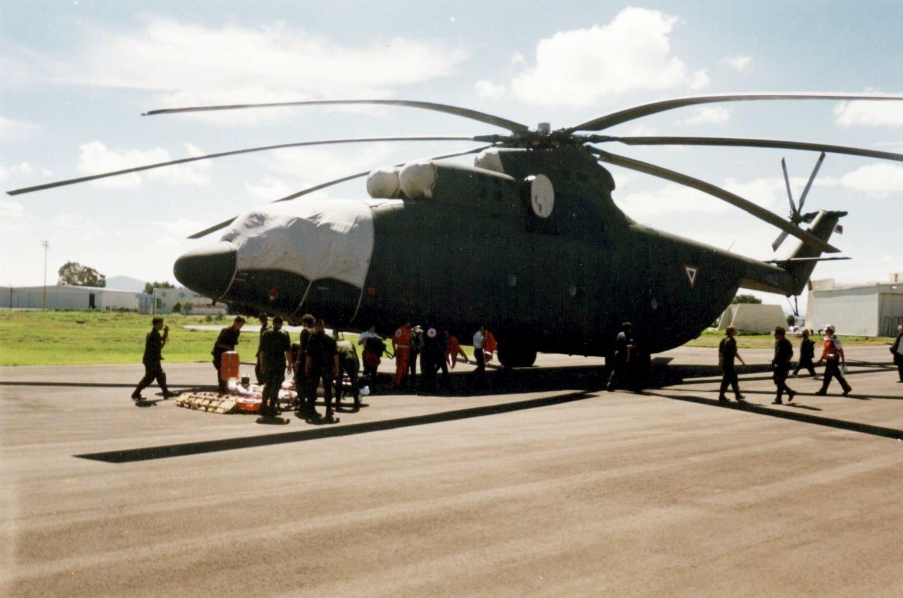 Helicóptero MI-26