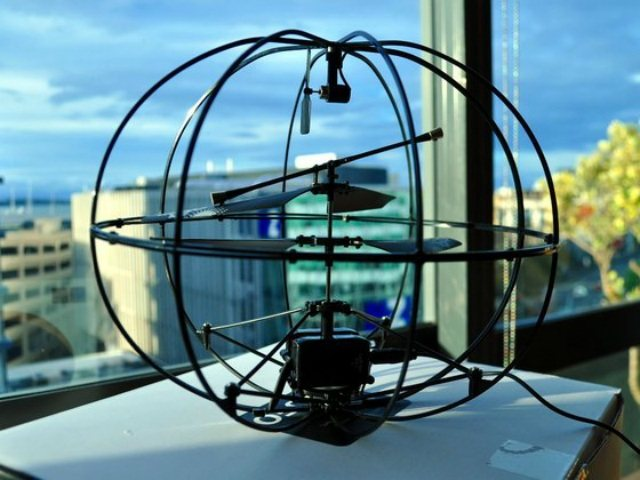 Helicóptero controlado por la mente