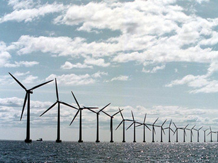 Japón construye un parque eólico en alta Mar