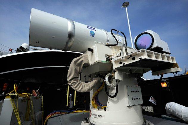 Arma láser destruye drone (vídeo)