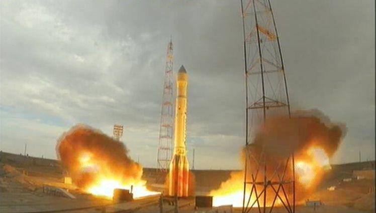 El cohete Proton-M falla en el lanzamiento y se estrella