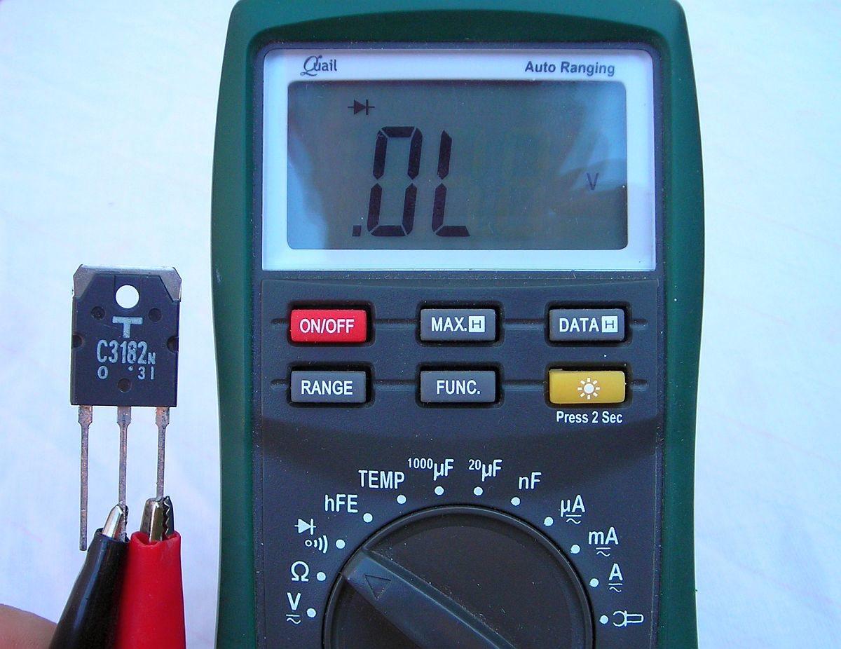 Midiendo Diodos y Transistores