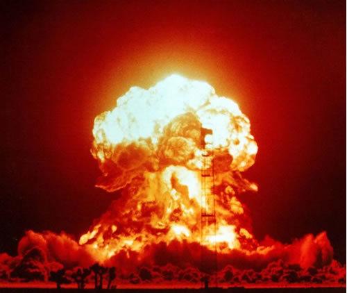 ¿Cuántas bombas nucleares se necesitan para destruir el mundo?