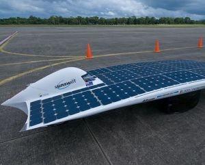 IVy: El coche solar más rápido