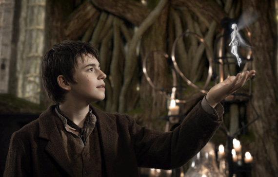 Neverland: El origen de Garfio y Peter Pan (Trailer)