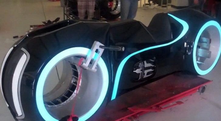 Lightcycle: Moto eléctrica inspirada en Tron (vídeo)