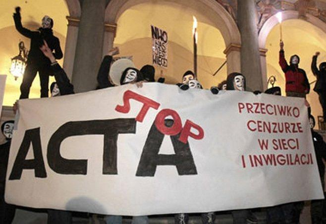 Anonymous ataca tras la firma del ACTA en Europa