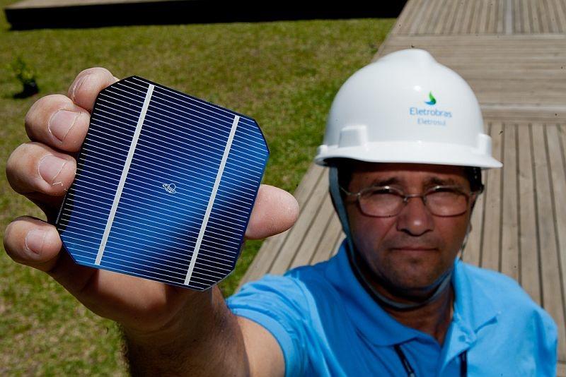 ¿Son eficientes las grandes centrales solares?