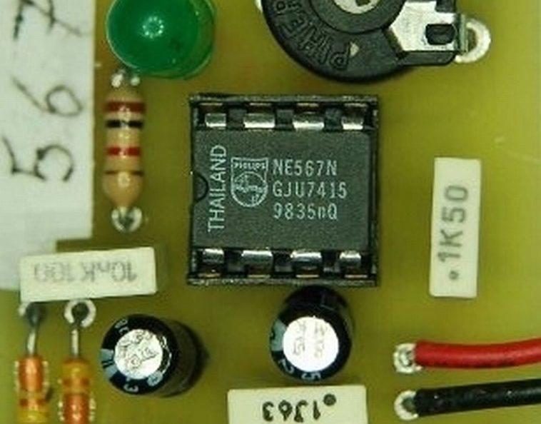 Circuito Generador De Funciones : Generador de funciones con ne neoteo