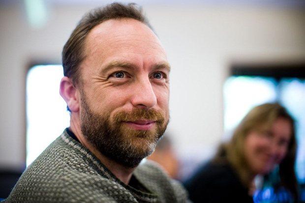 Jimmy Wales anticipa el final de Hollywood