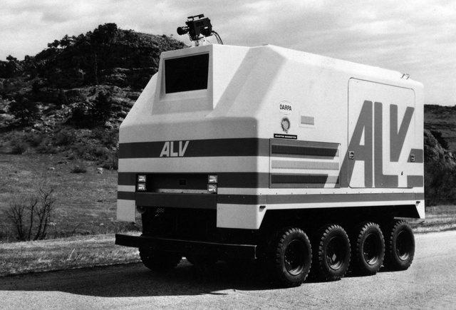 El ALV de DARPA es el primer vehículo autónomo de vigilancia de la agencia