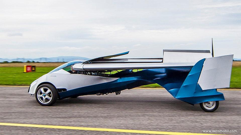 El aeromobil de costado