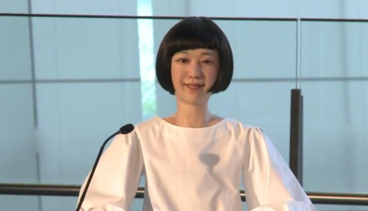 Presentadores de noticias, un empleo ideal para androides
