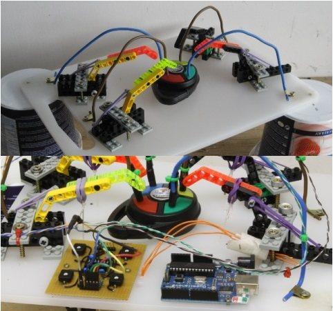 Robot juega Simon