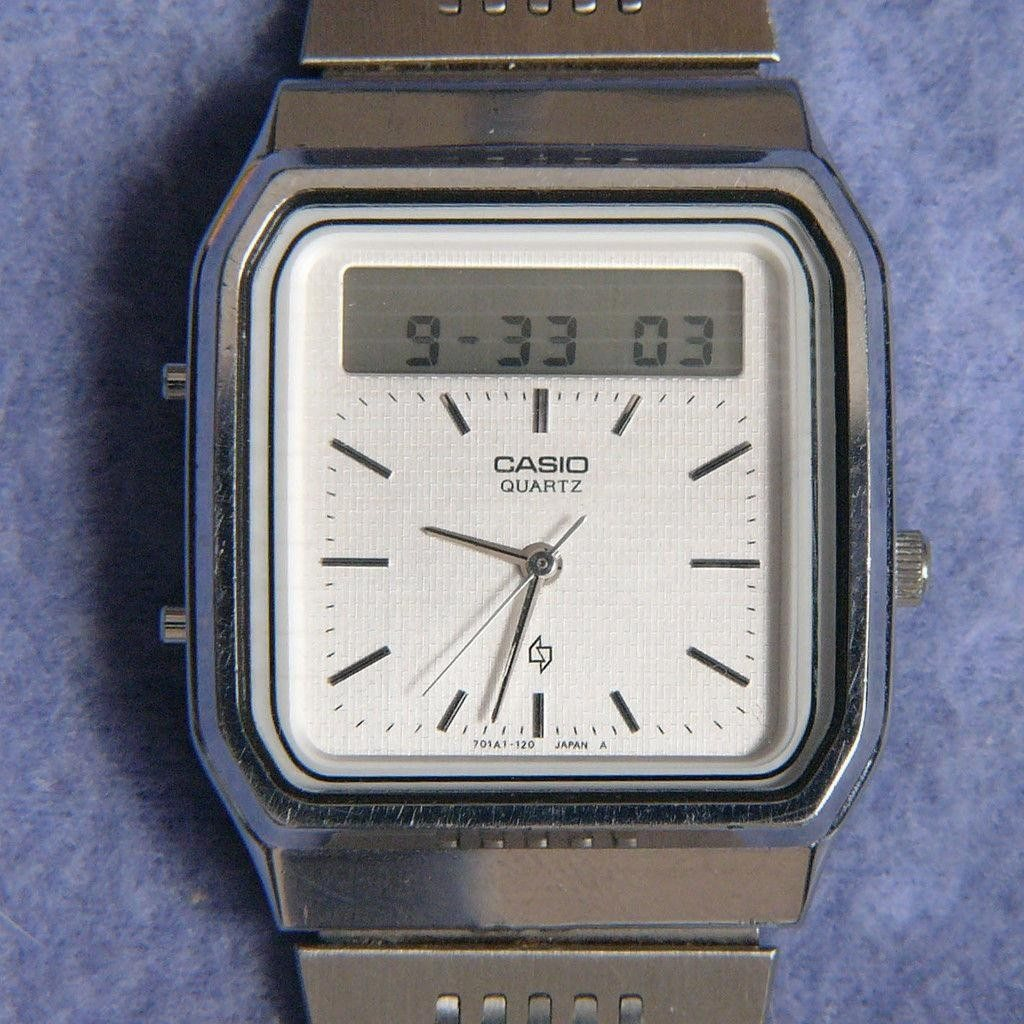 Casio AT-552 Janus