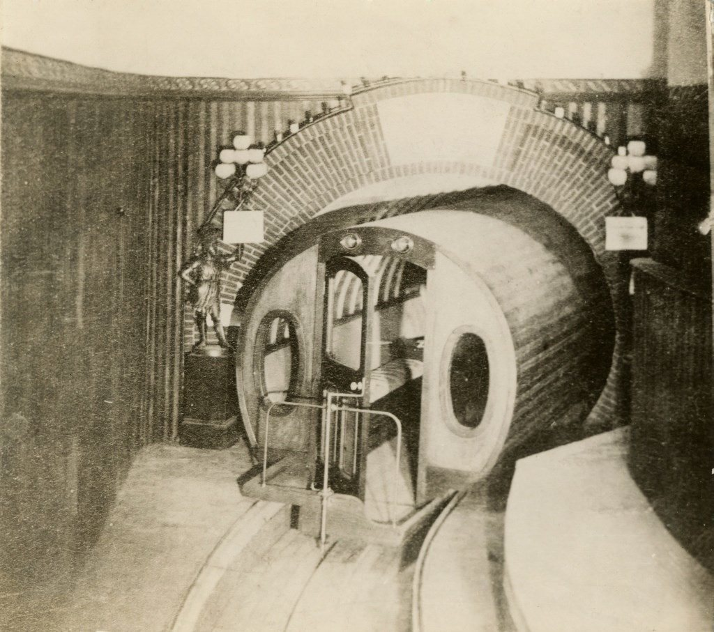 Una de las pocas imágenes que se conocen del carro
