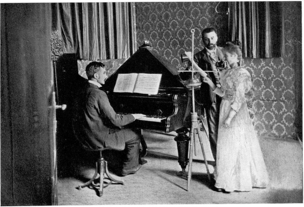 La «sala de conciertos» de Telefon Hírmondó. La ópera era uno de los contenidos más populares.