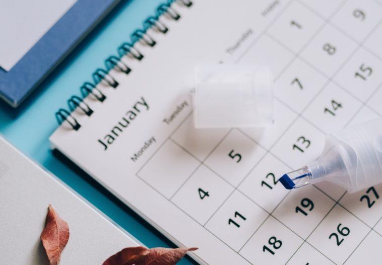 Calcular días entre dos fechas